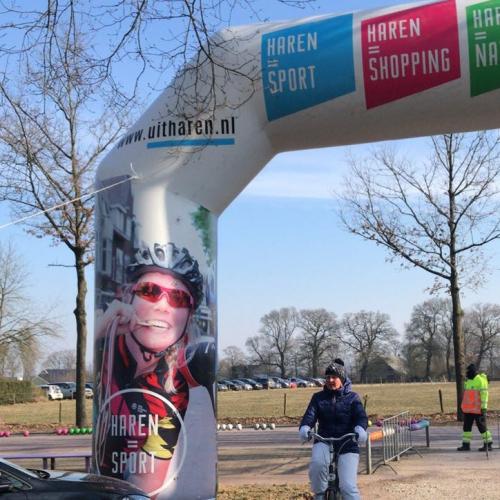 Haren-opblaasbareboog.nl