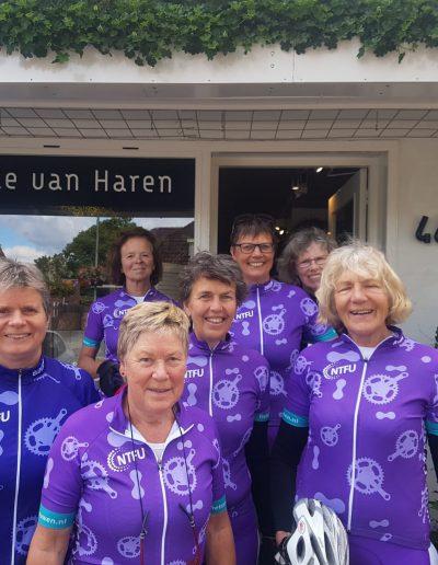 Haren-Haren-lange-haren-fietsvrouwen-v10