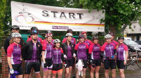 Fietsteam PlasBossinade fietstoertocht Haren-Haren